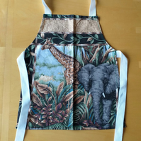 Jungle Apron age 2-6 approximately