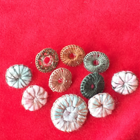 Silk-wrapped Buttons