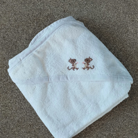 Mouse baby hooded towel
