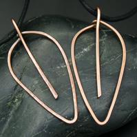 Simple Leaf Shaped Hammered Copper Pendant - Smooth or Textured Finish