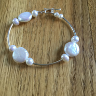 Freshwater pearl and sterling silver bracelet  - free UK delivery