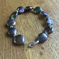 Stunning dark freshwater pearl and silver bracelet