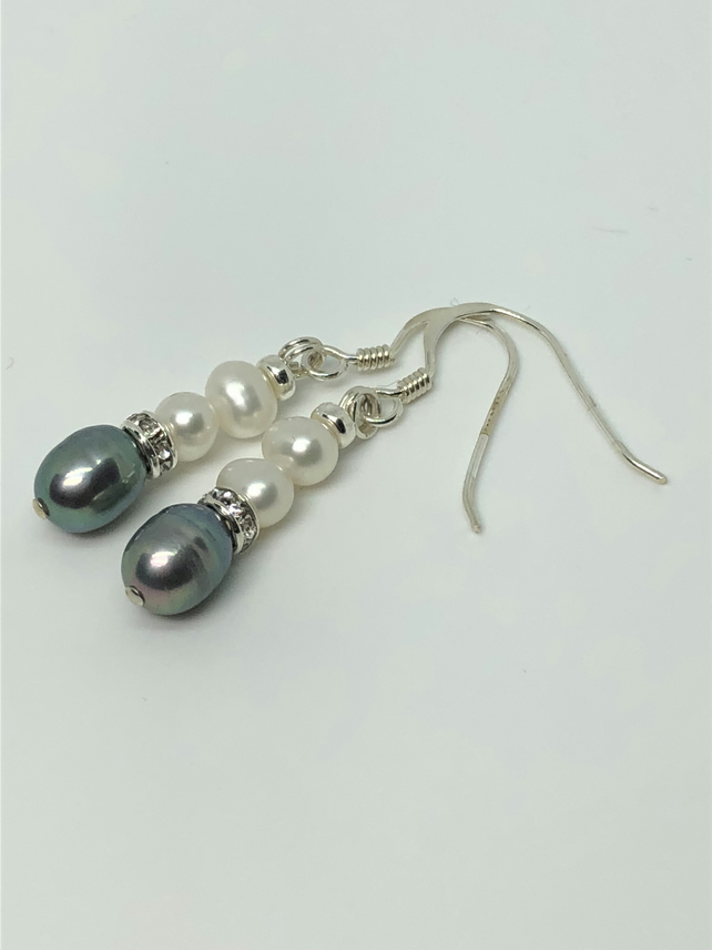 Beautiful freshwater pearl and diamanté earrings