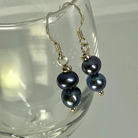 SPECIAL OFFER - Lovely freshwater pearl & silver earrings