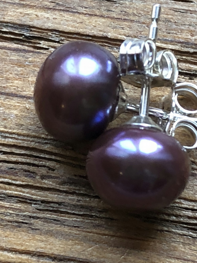 Fabulous purple freshwater pearl and silver stud earrings FREE UK DELIVERY