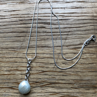 Fabulous white freshwater pearl pendant 20.00 earrings 15.00 FREE POSTAGE