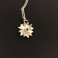 CHRISTMAS PRESENT? STERLING SILVER Flower Pendant with beautiful Green Stone