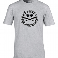 BIG STEVE'S BABYSITTING SERVICES- Retro sci fi inspired Men's T-Shirt MTS2222