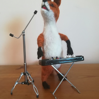 Foxy Music, keyboard and vocals