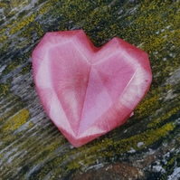 Pink resin heart magnet