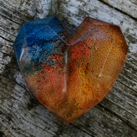 Stunning resin heart magnet
