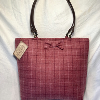 Beautiful Pink Check Scottish Tweed Shopper Style Bag. Leather Straps and Bow