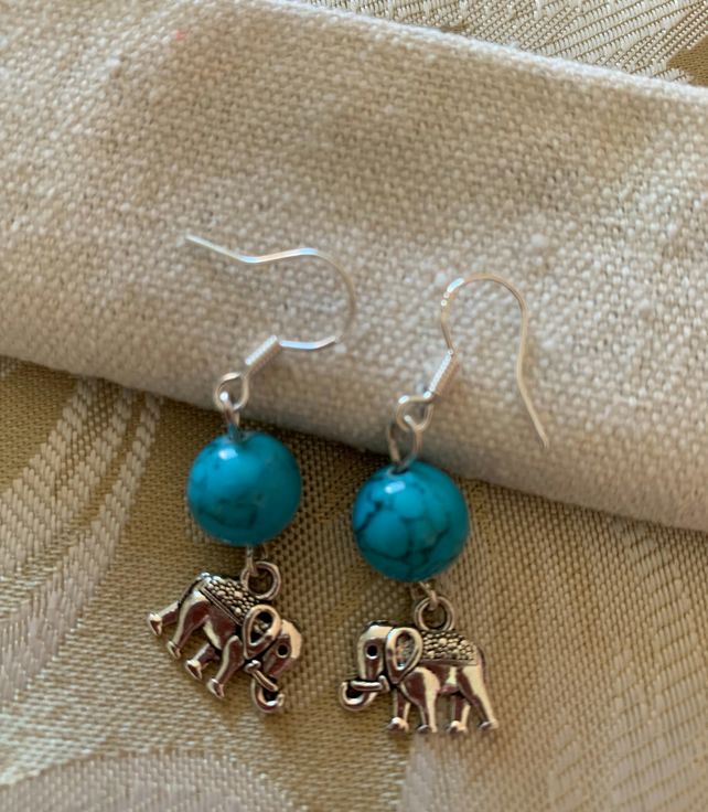 Howlite Earrings with Elephant