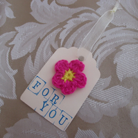 Crochet pink flower brooch gift tag