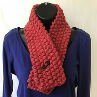 Red Chunky Knit Neck Warmer