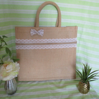 LACE TRIMMED JUTE TOTE BAG