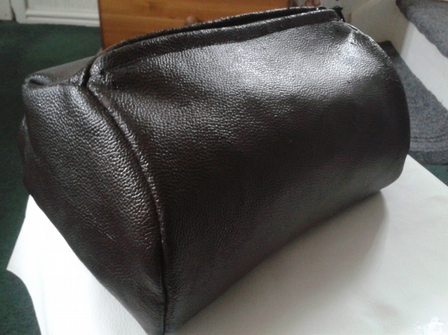 brown recycled leather toiletry,accessory bag