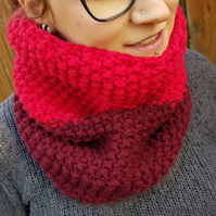 Lipstick Red and Burgundy Chunky Snood - Vegan Friendly