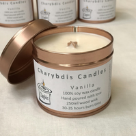 Vanilla fragranced wood-wick candle, shipping included to UK