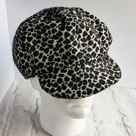 'Nancy's 1960s Baker boy style Ladies hat with peak