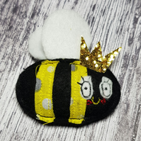 Queen Bee in Felt with Gold Glitter Crown, filled with Lavender