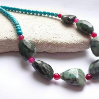 Emerald, Agate and Turquoise Beaded Gemstone Necklace.