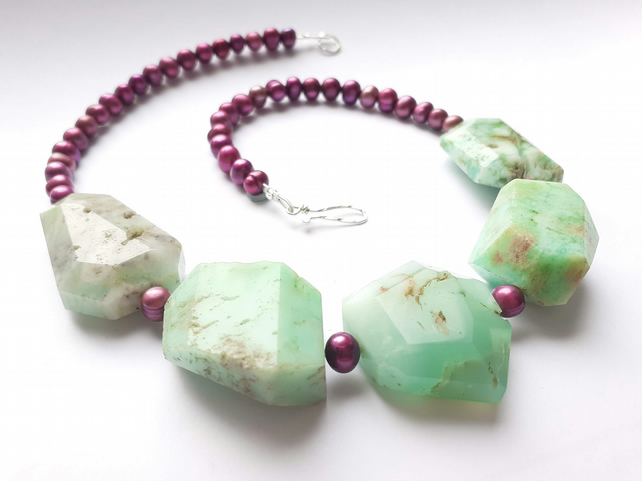 Chrysoprase and Freshwater Pearl Beaded Gemstone Necklace