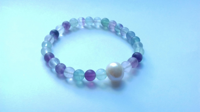 Fluorite Elastic Bracelet with a Freshwater Pearl Accent