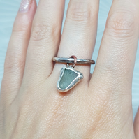 Beautiful Seaglass ring, sterling silve ring, size L-M gift for her, summer ring