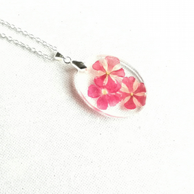 Real flowers necklace, Three pink flowers in resin pendant, Botanical jewellery