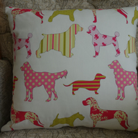 FEATURE CUSHION - FEATURE ROOM PILLOW - Patterned Dogs design