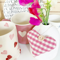 LAVENDER HEART - gingham, pink and white