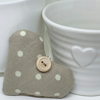 LAVENDER HEART - taupe dotty