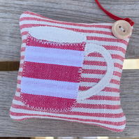 STRIPEY MUG LAVENDER BAG - red and white stripes