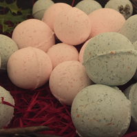 Bath bombs - handmade to order - pack of 5 colour and scent of your choice