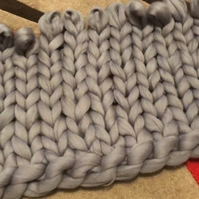 Chunky Knit Merino Wool Blanket - Medium