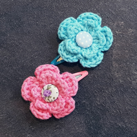Pink and Blue Crochet Flower Clips