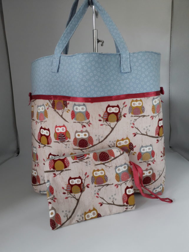 Forest owls & blue trim Tote with purse