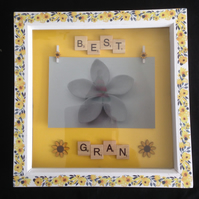 Best gran, scrabble sunflower photo frame.