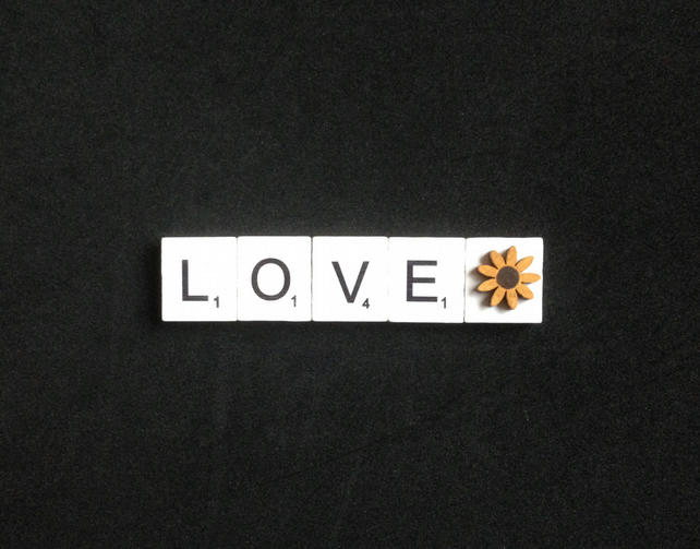 Love scrabble magnet with a hand painted wooden sunflower.