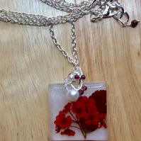 Necklace Red Flower Pendant Resin Wire Wrapped Necklace Gift