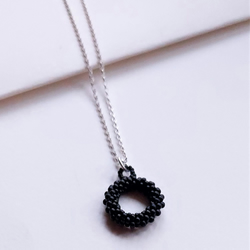 Block Colour Single Beaded Loop Necklace in Black