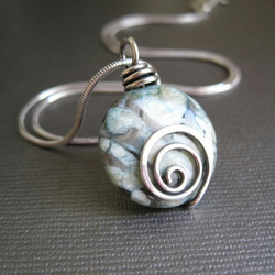 Pendant - Sterling Silver Spiral And Blue Feldspath 18 Inch Chain