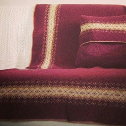Fair Isle Blanket Pure Wool Claret