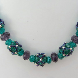 Beaded bead necklace in teal green and amethyst