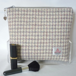 Harris Tweed Cosmetic Bag - Cream, Grey & Pink Houndstooth