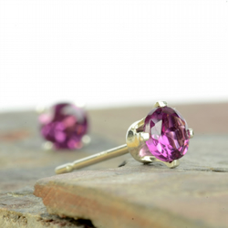 Rhodolite garnet stud earrings 4mm