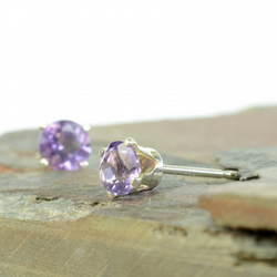 Amethyst stud earrings 4mm