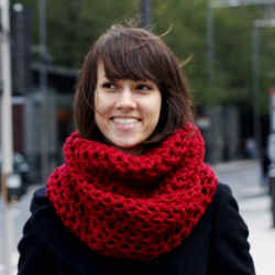 Chunky Circle Scarf Snood Red