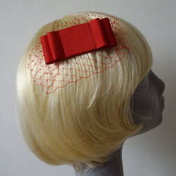 Red Grosgrain Double Bow Veiled Comb